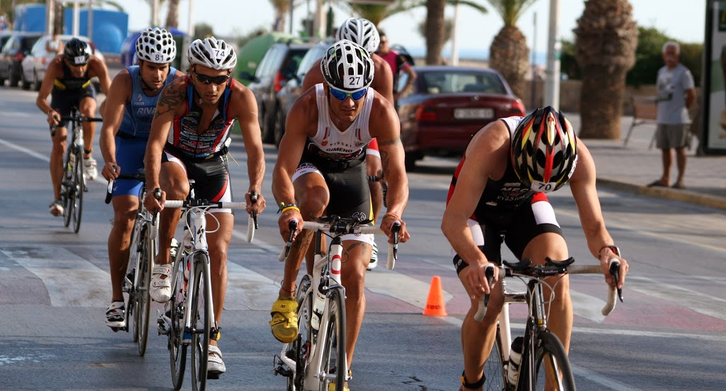 El sector de bicicleta en un triatlón con drafting